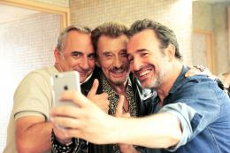 Chacun sa vie Jean Dujardin Johnny Hallyday et Antoine Duléry photo 7 sur 8
