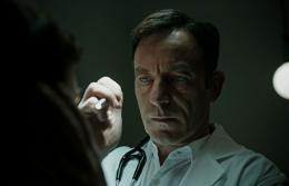 photo 5/11 - Jason Isaacs - A Cure for Life - © 20th Century Fox