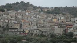 Un Paese di Calabria photo 1 sur 3