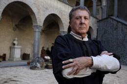photo 11/24 - Dustin Hoffman - Les Médicis, Maîtres de Florence - Saison 1 - © Fabio Lovino - Wild Side