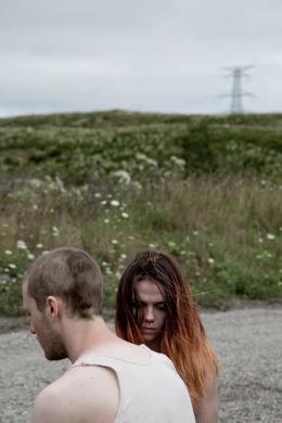 photo 5/5 - Bhreagh MacNeil et Andrew Gillis - Werewolf - © Ciné-Sud Promotion