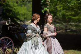 photo 6/11 - Emily Dickinson, A Quiet Passion - © Paname Distribution