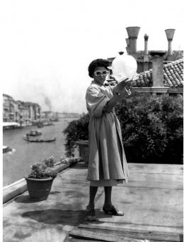 photo 5/6 - Peggy Guggenheim - Peggy Guggenheim, la collectionneuse - © Happiness Distribution