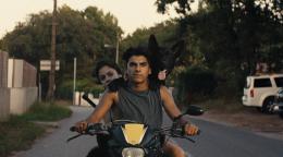 photo 3/8 - Noée Abita et Juan Cano - Ava - © Bac Films