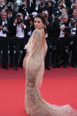 Eva Longoria Cannes 2017 - The Killing of a sacred deer Tapis photo 1 sur 125