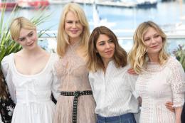 photo 6/54 - Les Proies - Photocall - Cannes 2017 : Sofia Coppola et ses Proies mettent la Croisette en émoi - © Isabelle Vautier pour CommeAuCinema.com