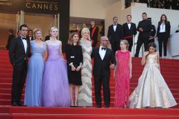 photo 42/54 - Les Proies - Montée des Marches - Cannes 2017 : Sofia Coppola et ses Proies mettent la Croisette en émoi - © Isabelle Vautier pour CommeAuCinema.com