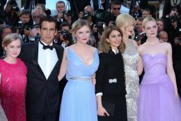 photo 41/54 - Les Proies - Montée des Marches - Cannes 2017 : Sofia Coppola et ses Proies mettent la Croisette en émoi - © Isabelle Vautier pour CommeAuCinema.com