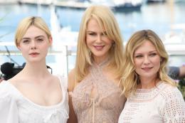 photo 15/54 - Les Proies - Photocall - Cannes 2017 : Sofia Coppola et ses Proies mettent la Croisette en émoi - © Isabelle Vautier pour CommeAuCinema.com