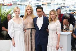 photo 3/54 - Les Proies - Photocall - Cannes 2017 : Sofia Coppola et ses Proies mettent la Croisette en émoi - © Isabelle Vautier pour CommeAuCinema.com