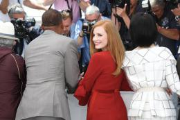photo 64/65 - Photocall Jury Cannes 2017 : Jessica Chastain et Will Smith complices sur le tapis rouge - © Isabelle Vautier pour CommeAuCinema.com
