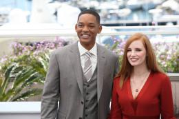 photo 36/65 - Photocall Jury Cannes 2017 : Jessica Chastain et Will Smith complices sur le tapis rouge - © Isabelle Vautier pour CommeAuCinema.com