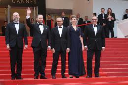 photo 2/31 - Festival de Cannes 2017 - Cannes 2017 : l'équipe de Faute d'amour (Loveless) et les peoples foulent le tapis rouge - © Isabelle Vautier pour CommeAuCinema.com