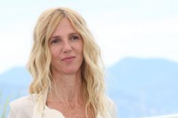 photo 6/12 - Sandrine Kiberlain - Photocall Cannes 2017 : Le Jury de la Caméra d'Or est arrivé  - © Isabelle Vautier pour CommeAuCinema.com