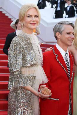 photo 22/23 - Cannes 2017 : How to talk to girls at Parties - Cannes 2017 : Nicole Kidman et Elle Fanning électrisent la Croisette - © Isabelle Vautier pour CommeAuCinema.com