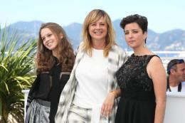 Emma Suarez Cannes 2017 : Photocall April's Daughter photo 7 sur 30