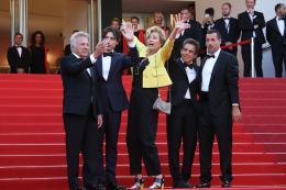 photo 44/76 - The Meyerowitz Stories - Montées des Marches - Cannes 2017 - Cannes 2017 : une pluie de stars sur le tapis rouge du Noah Baumbach - © Isabelle Vautier pour CommeAuCinema.com