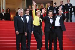 photo 43/76 - The Meyerowitz Stories - Montées des Marches - Cannes 2017 - Cannes 2017 : une pluie de stars sur le tapis rouge du Noah Baumbach - © Isabelle Vautier pour CommeAuCinema.com