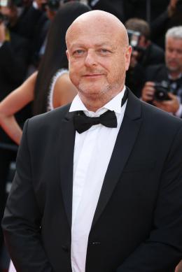 photo 69/76 - The Meyerowitz Stories - Montées des Marches - Cannes 2017 - Cannes 2017 : une pluie de stars sur le tapis rouge du Noah Baumbach - © Isabelle Vautier pour CommeAuCinema.com