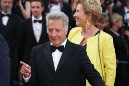 photo 3/76 - The Meyerowitz Stories - Montées des Marches - Cannes 2017 - Cannes 2017 : une pluie de stars sur le tapis rouge du Noah Baumbach - © Isabelle Vautier pour CommeAuCinema.com