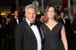 photo 28/76 - The Meyerowitz Stories - Montées des Marches - Cannes 2017 - Cannes 2017 : une pluie de stars sur le tapis rouge du Noah Baumbach - © Isabelle Vautier pour CommeAuCinema.com