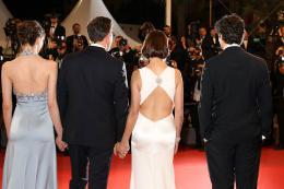 photo 6/21 - Le Redoutable - Montée des marches - Cannes 2017 : Michel Hazanavicius et son équipe montent les marches pour Le Redoutable - © Isabelle Vautier pour CommeAuCinema.com