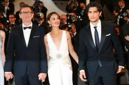 photo 21/21 - Le Redoutable - Montée des marches - Cannes 2017 : Michel Hazanavicius et son équipe montent les marches pour Le Redoutable - © Isabelle Vautier pour CommeAuCinema.com