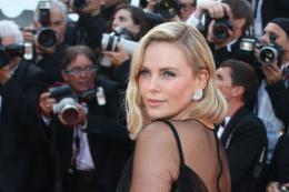 photo 35/173 - 70 ans du Festival de Cannes - Cannes 2017 : Une montée des marches exceptionnelle pour les 70 ans du Festival - © Isabelle Vautier pour CommeAuCinema.com
