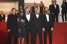 photo 11/21 - Good Time Tapis - Cannes 2017 : Robert Pattinson enflamme le tapis rouge - © Isabelle Vautier pour CommeAuCinema.com
