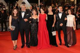 photo 15/21 - Good Time Tapis - Cannes 2017 : Robert Pattinson enflamme le tapis rouge - © Isabelle Vautier pour CommeAuCinema.com