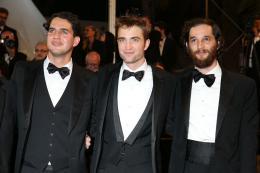 photo 7/21 - Good Time Tapis - Cannes 2017 : Robert Pattinson enflamme le tapis rouge - © Isabelle Vautier pour CommeAuCinema.com