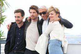 photo 15/16 - Nos années folles Photocall - Cannes 2017 : Céline Sallette et Pierre Deladonchamps complices sur le tapis rouge - © Isabelle Vautier pour CommeAuCinema.com
