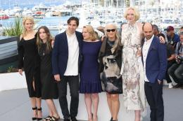 photo 21/33 - Top of the lake Photocall - Cannes 2017 : Magnifiques Nicole Kidman et Elisabeth Moss pour Top of the lake - © Isabelle Vautier pour CommeAuCinema.com