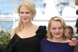 photo 29/33 - Top of the lake Photocall - Cannes 2017 : Magnifiques Nicole Kidman et Elisabeth Moss pour Top of the lake - © Isabelle Vautier pour CommeAuCinema.com