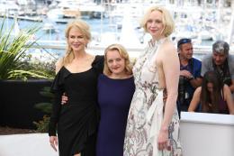 photo 32/33 - Top of the lake Photocall - Cannes 2017 : Magnifiques Nicole Kidman et Elisabeth Moss pour Top of the lake - © Isabelle Vautier pour CommeAuCinema.com