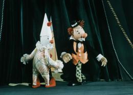 photo 4/23 - M. Prokouk Acrobate - Quel cirque ! - © Malavida Films