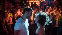 photo 3/12 - Kev Adams et Mélanie Bernier - Love Addict - © Metropolitan FilmExport