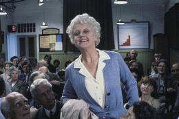 Les Mystères d'Agatha Christie Le Miroir se brisa (1980) photo 9 sur 20