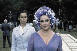 Les Mystères d'Agatha Christie Le Miroir se brisa (1980) photo 7 sur 20