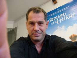 Luc Jacquet Autoportrait - Lors de notre rencontre pour Le Renard et l'Enfant photo 8 sur 11