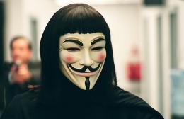 V pour Vendetta Hugo Weaving photo 6 sur 46