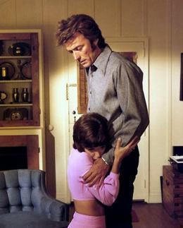 photo 22/26 - Jessica Walter, Clint Eastwood - Un frisson dans la nuit - © Action Cinéma