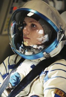 photo 132/143 - Un ticket pour l'espace - Marina Fo�s