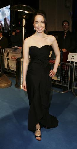 photo 21/61 - Anna Popplewell - Avant-première du film à Londres - Le 7 décembre 2005 - Le Monde de Narnia - Chapitre 1 : Le Lion, la Sorcière Blanche et l'Armoire Magique
