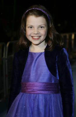 photo 23/61 - Georgie Henley - Avant-première du film à Londres - Le 7 décembre 2005 - Le Monde de Narnia - Chapitre 1 : Le Lion, la Sorcière Blanche et l'Armoire Magique