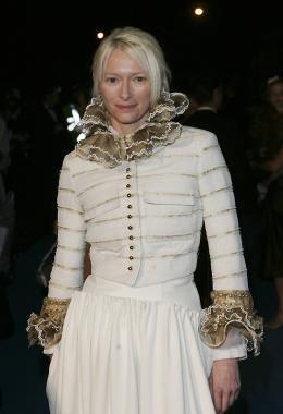 photo 31/61 - Tilda Swinton - Avant-première du film à Londres - Le 7 décembre 2005 - Le Monde de Narnia - Chapitre 1 : Le Lion, la Sorcière Blanche et l'Armoire Magique