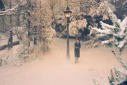 photo 6/61 - Skandar Keynes - Le Monde de Narnia - Chapitre 1 : Le Lion, la Sorcière Blanche et l'Armoire Magique