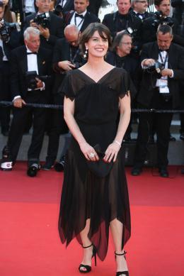 Irène Jacob Cannes 2017 Clôture Tapis photo 3 sur 68
