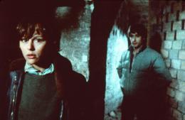photo 5/9 - G�rard Lanvin et Christine Boisson - Ext�rieur, nuit - © Thunder Films Intl.