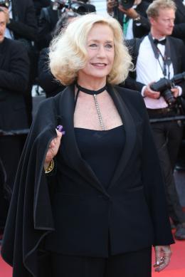 Brigitte Fossey Cannes 2017 Clôture Tapis photo 1 sur 12